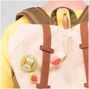 BUTTON EMBROIDERED 25 MM APPLE